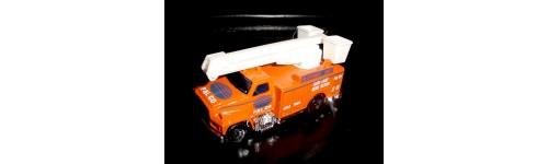 Utility Trucks / Delivery Trucks